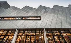 Zadeldak van bibliotheek Permeke